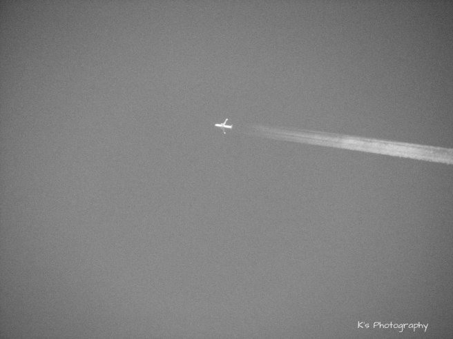 img_6353plane-black-and-white-for-cees
