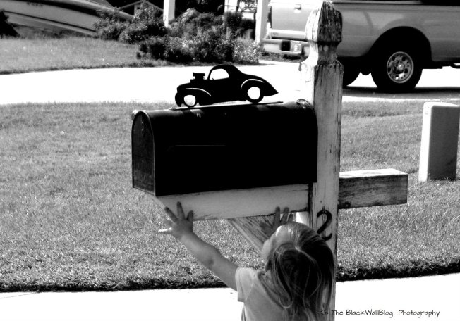 img_6406mailbox-bw-car-and-harper-reaching-up